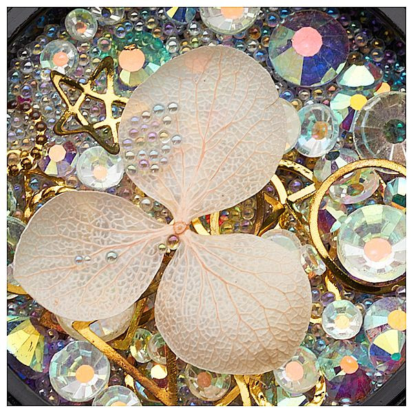 Ornamente mix cristale, perlute si floare ivory