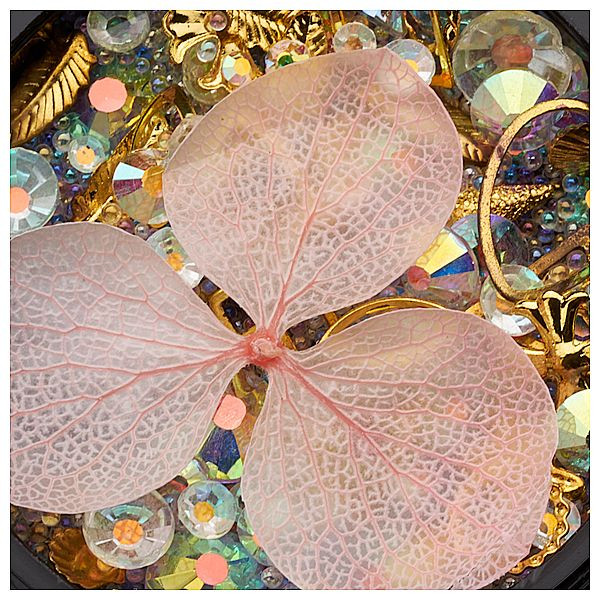 Mix Ornamente, Perlen und Rosa Blume